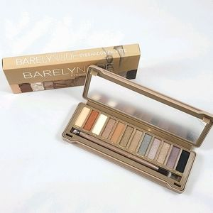 BARELYNUDE by Beauty Creations Eyeshadow Palette